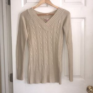 CREAM EMBROIDERED SWEATER
